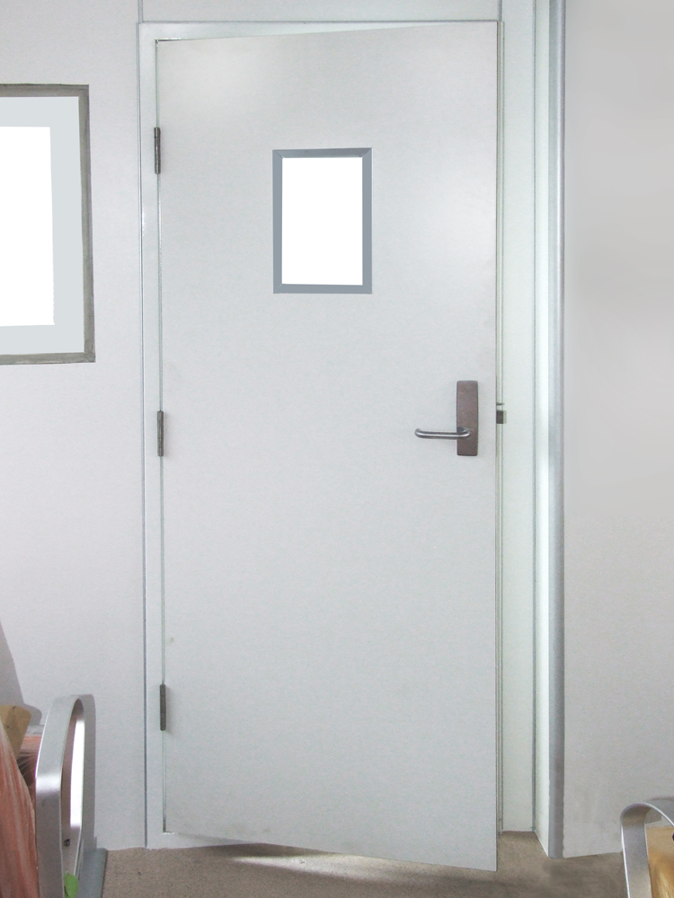 Fire-rated doors — Single fire door with window