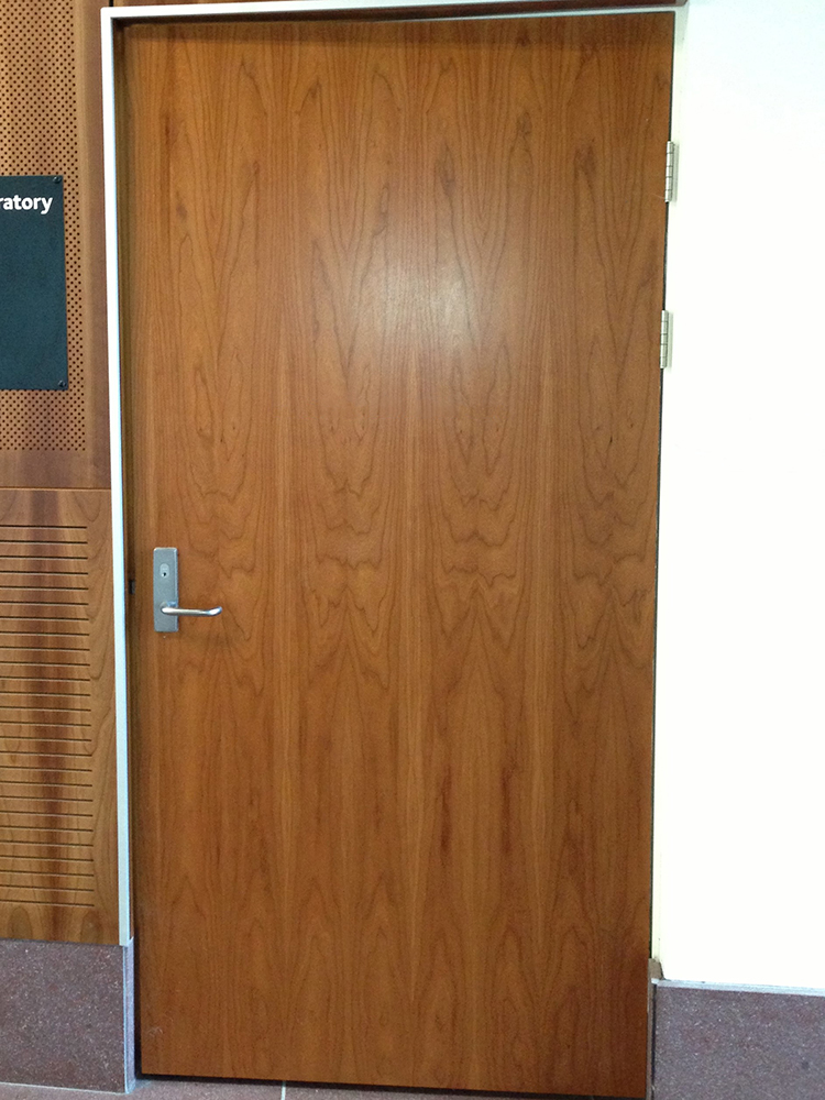 Fire-rated doors — Timber veneer door
